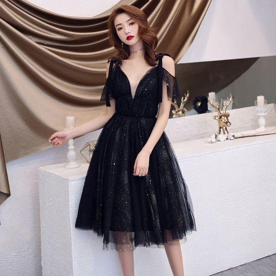 Uroczy Czarne Sukienki Wieczorowe 2019 Princessa Spaghetti Pasy Gwiazda Cekiny Kótkie Rękawy Bez Pleców Długość do kolan Sukienki Wizytowe