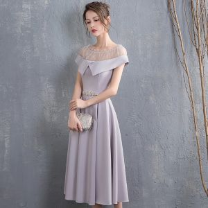 Chic / Beautiful Grey Homecoming Graduation Dresses 2018 A-Line / Princess Rhinestone Sash Scoop Neck Short Sleeve Tea-length Formal Dresses