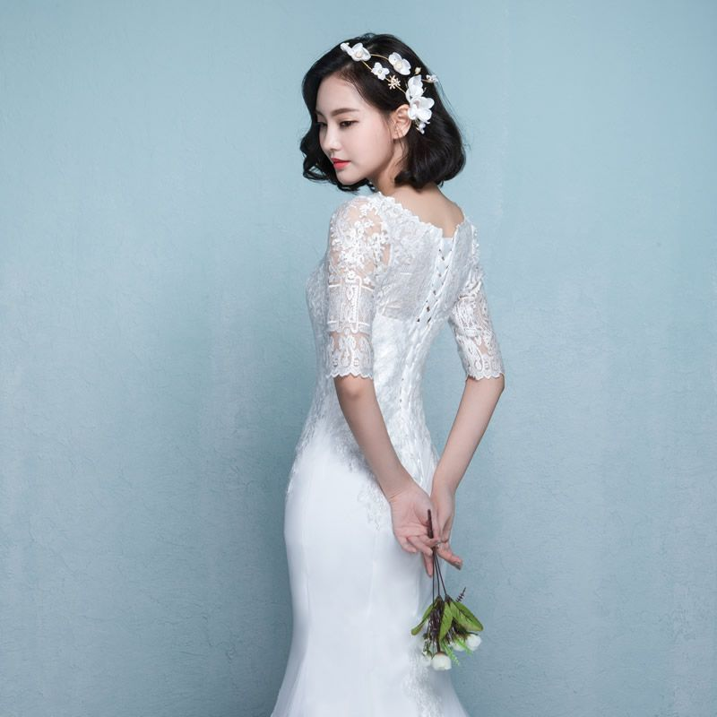 Modest / Simple Wedding Dresses 2017 White Trumpet / Mermaid Chapel Train Scoop Neck 1/2 Sleeves Lace Appliques