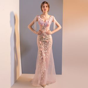 Sexy Blushing Pink See-through Evening Dresses  2018 Trumpet / Mermaid V-Neck Sleeveless Beading Tassel Appliques Flower Rhinestone Sequins Sweep Train Backless Formal Dresses
