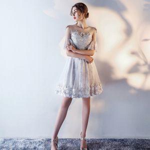 Schöne Silber Abendkleider 2017 U-Ausschnitt Chiffon Spitze Applikationen Durchbohrt Drucken Heimkehr Abiballkleider