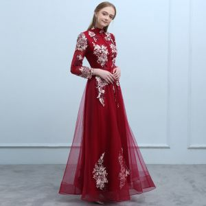 Chinese style Burgundy Evening Dresses  2019 A-Line / Princess High Neck Buttons Beading Bow Lace Flower Long Sleeve Backless Floor-Length / Long Formal Dresses