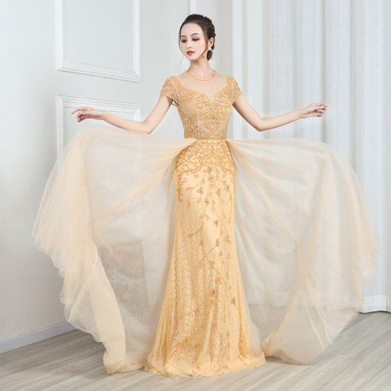 Wysokiej Klasy Złote Koronkowe Przezroczyste Sukienki Wieczorowe 2020 Princessa Wycięciem Kótkie Rękawy Frezowanie Trenem Sweep Wzburzyć Sukienki Wizytowe