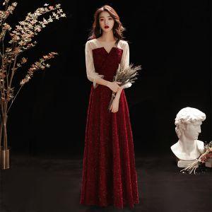 Mote Burgunder Selskapskjoler 2020 Prinsesse V-Hals Glitter Beading Stjerne Paljetter 3/4 Ermer Lange Formelle Kjoler