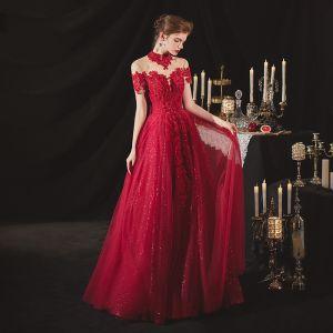Chiński Styl Burgund Zaręczynowa Sukienki Na Bal 2020 Princessa Przezroczyste Wysokiej Szyi Kótkie Rękawy Bez Pleców Cekiny Frezowanie Cekinami Tiulowe Długie Wzburzyć