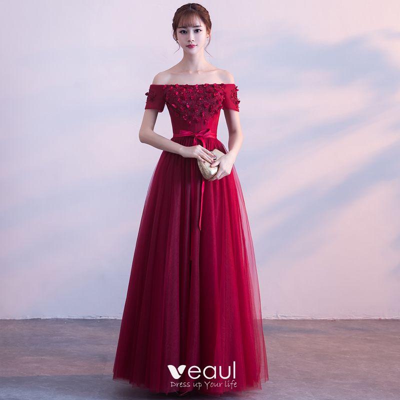 Piękne Burgund Sukienki Na Bal 2018 Princessa Kryształ Aplikacje Kokarda Przy Ramieniu Bez Pleców Bez Rękawów Długie Sukienki Wizytowe