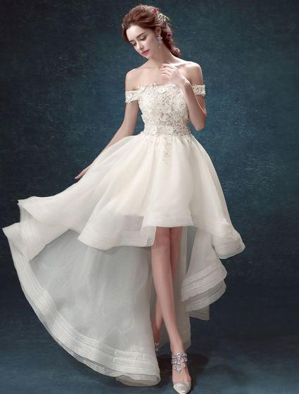 Strand Hochzeitskleider 2017 Weg Von Der Schulter, Die Rhinestones Applique-spitze Asymetrische Brautkleider Bördelt