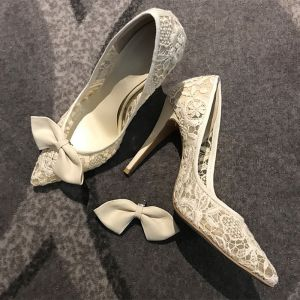 Elegant Ivory Wedding Shoes 2018 Lace Bow 8 cm Stiletto Heels Pointed Toe Wedding Pumps
