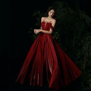 Chic / Beautiful Burgundy Evening Dresses  2020 A-Line / Princess Scoop Neck Rhinestone Sleeveless Backless Floor-Length / Long Formal Dresses