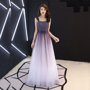 Mode Violett Ballkleider 2019 A Linie Schultern Ärmellos Perlenstickerei Lange Rüschen Rückenfreies Festliche Kleider