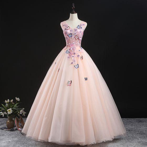 Schöne Pearl Rosa Ballkleider 2020 Ballkleid V-Ausschnitt Ärmellos Schmetterling Applikationen Spitze Perlenstickerei Lange Rüschen Festliche Kleider