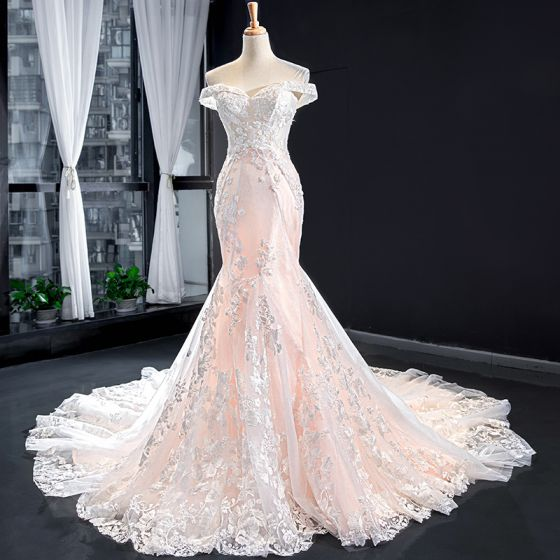 Luxury / Gorgeous Blushing Pink Bridal Wedding Dresses 2020 Trumpet / Mermaid Off-The-Shoulder Short Sleeve Backless Appliques Lace Beading Chapel Train