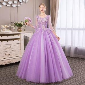 Abordable Lilas Robe De Bal 2018 Robe Boule En Dentelle Fleur Perle Faux Diamant V-Cou Dos Nu 3/4 Manches Longue Robe De Ceremonie