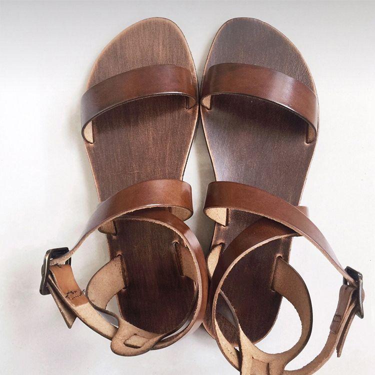Chic / Beautiful 2017 Brown Beach Casual Outdoor / Garden PU Summer Buckle Flat Sandals Open / Peep Toe Womens Sandals
