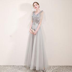 Élégant Gris Robe De Soirée 2019 Princesse V-Cou Appliques En Dentelle Fleur Perle Faux Diamant Manches Courtes Dos Nu Longue Robe De Ceremonie