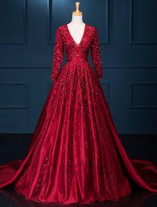 Luxus Abendkleider 2016 A-line Tiefem V-ausschnitt Rückenfrei-spitze Pailletten Weinrot Langen Kleid Mit Ärmeln