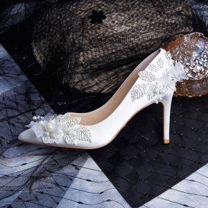 Elegante Witte Huwelijk Bruidsmeisjes Pumps 2020 Leer Kant Strik Rhinestone Parel 9 cm Naaldhakken / Stiletto Spitse Neus Bruidsschoenen