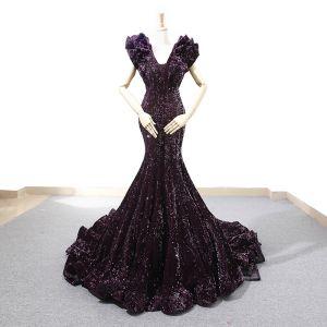 Sparkly Grape Sequins Red Carpet Evening Dresses  2020 Trumpet / Mermaid V-Neck Sleeveless Court Train Ruffle Backless Formal Dresses