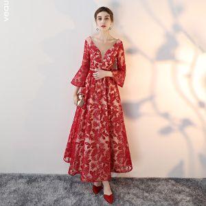Unique Rouge Robe De Soirée 2017 Princesse Dentelle V-Cou Paillettes Appliques Dos Nu Soirée Robe De Ceremonie