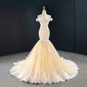 Luxury / Gorgeous Red Carpet Champagne Evening Dresses  2020 Trumpet / Mermaid Off-The-Shoulder Short Sleeve Appliques Lace Handmade  Beading Court Train Backless Formal Dresses