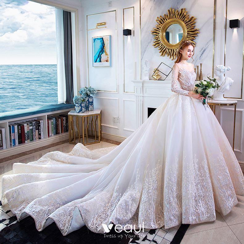 Podłącz suknia ślubna