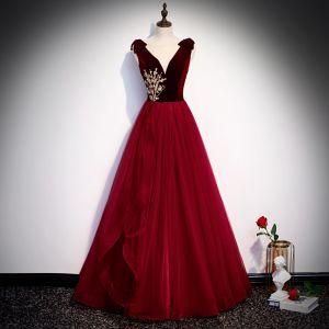 Chic / Beautiful Suede Burgundy Evening Dresses  2020 A-Line / Princess See-through Deep V-Neck Sleeveless Beading Floor-Length / Long Backless Formal Dresses