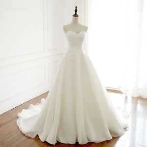 Modern / Fashion Ivory Wedding Dresses 2018 A-Line / Princess Handmade  Flower Pearl Sweetheart Backless Short Sleeve Chapel Train Wedding