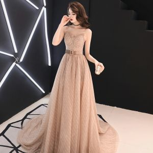 Elegant Champagne Evening Dresses  2019 A-Line / Princess Spaghetti Straps Sleeveless Sash Split Front Court Train Ruffle Backless Formal Dresses