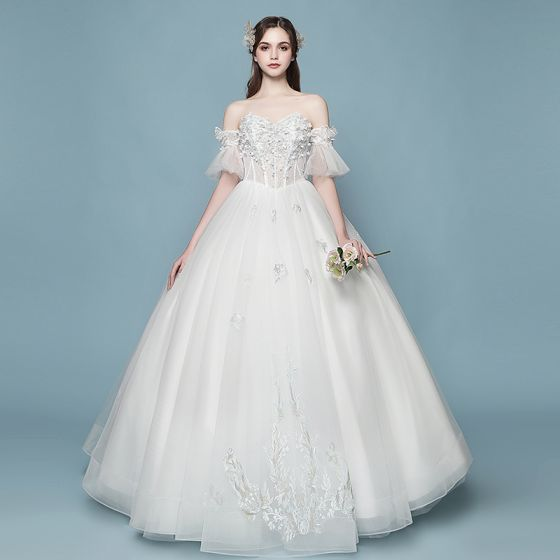 Affordable Ivory Wedding Dresses 2018 Ball Gown Lace Flower Liques Pearl Sweetheart Backless Floor Length Long