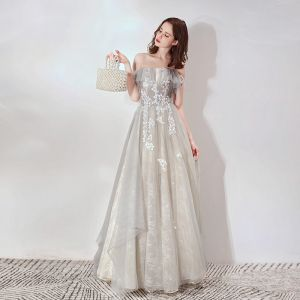 Elegant Grey Lace Evening Dresses  2019 A-Line / Princess Off-The-Shoulder Short Sleeve Appliques Lace Floor-Length / Long Ruffle Backless Formal Dresses