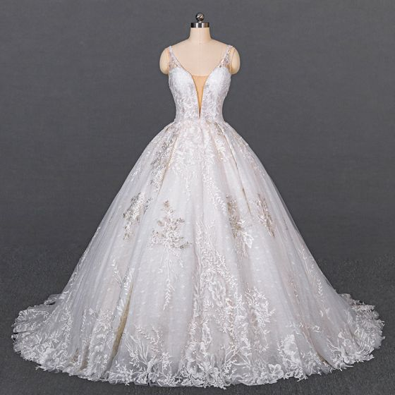 Luxury / Gorgeous White Bridal Wedding Dresses 2020 Ball Gown Deep V-Neck Sleeveless Backless Appliques Lace Beading Chapel Train Ruffle