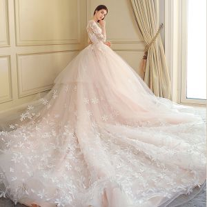 Modern / Fashion Wedding Dresses 2018 Ball Gown Lace Appliques Embroidered Sequins Scoop Neck 3/4 Sleeve Royal Train Wedding