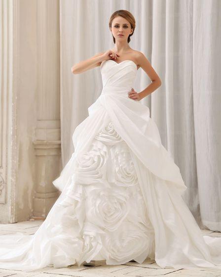 Elegant Fast Rufsar Handgjorda Blomma Axelbandslos Dragkedja Bak Domstolen Tag Taft Balklänning Brudklänningar Bröllopsklänningar