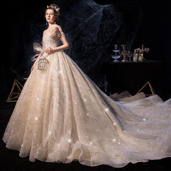 Glitzernden Champagner Brautkleider / Hochzeitskleider 2019 Ballkleid Off Shoulder Kurze Ärmel Rückenfreies Glanz Pailletten Tülle Kathedrale Schleppe Rüschen