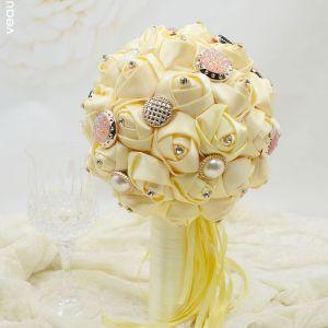 Hochzeitsgeschenk Nylongewebe Rosen Brautsträuße Halten Blumen Brautstrauß