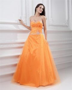 Ball Gown Yarn Satin Applique Beading Strapless Sweetheart Neckline Floor Length Evening Prom Dresses