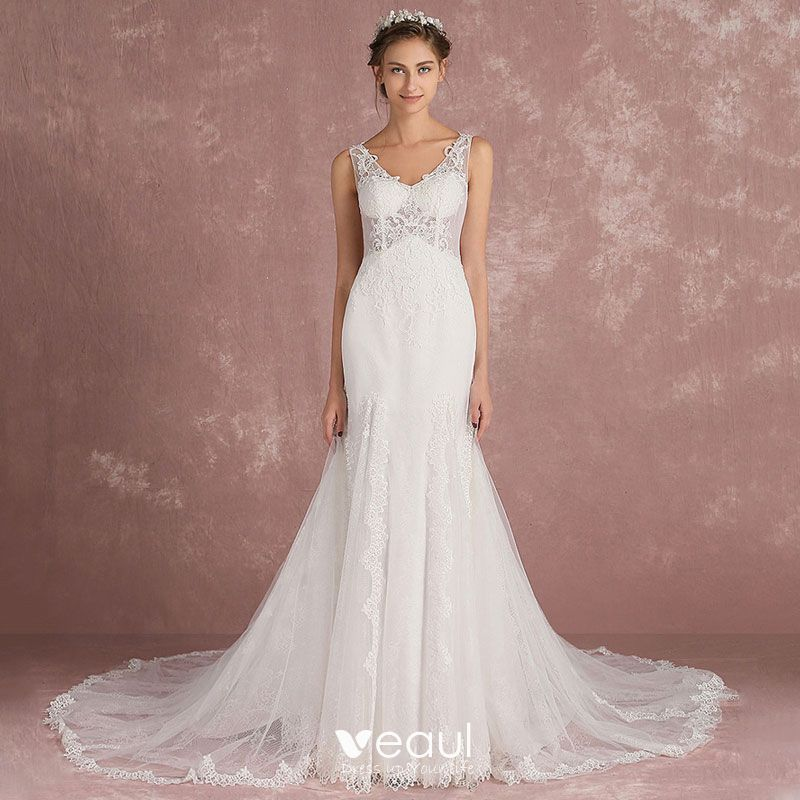 39257ce3cf Elegant Ivory Pierced Wedding Dresses 2018 Trumpet / Mermaid V-Neck ...