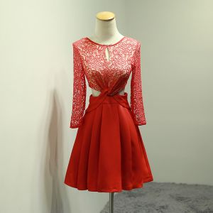 Chic / Beautiful Red Graduation Dresses 2018 A-Line / Princess Lace U-Neck Backless Homecoming Formal Dresses