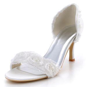 Hochwertige Vorne Offen Mit Hohen Absätzen Satin Sandalen Schuhe Blumendekoration Im Minimalistischen Stil Süße Brautschuhe