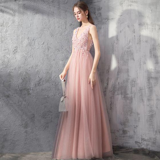 Elegante Pearl Rosa Abendkleider 2019 A Linie Tiefer V-Ausschnitt Ärmellos Perlenstickerei Lange Rüschen Rückenfreies Festliche Kleider