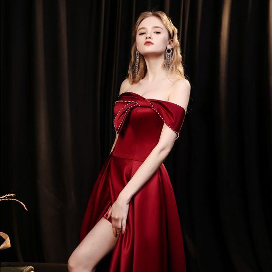 Mode Bordeaux Satin Dansant Robe De Bal 2021 Princesse De l'épaule Manches Courtes Perlage Perle Fendue devant Longue Volants Dos Nu Robe De Ceremonie