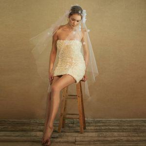 Elegante 2017 Witte Appliques Tule Bruidssluier