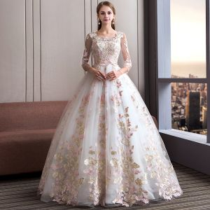 Amazing / Unique Ivory Wedding Dresses 2018 Ball Gown Scoop Neck 3/4 Sleeve Appliques Lace Backless Ruffle Floor-Length / Long