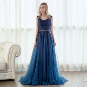 Elegant Ink Blue Prom Dresses 2017 A-Line / Princess Scoop Neck Sleeveless Appliques Lace Beading Metal Sash Sweep Train Ruffle Backless Formal Dresses