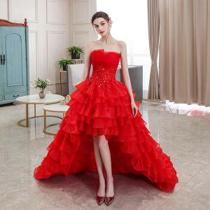 Erschwinglich Rot Hochzeits Brautkleider / Hochzeitskleider 2020 Ballkleid Bandeau Ärmellos Rückenfreies Applikationen Spitze Strass Asymmetrisch Fallende Rüsche