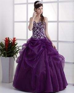 Ball Gown Sleeveless Yarn Flowers Embroidery Ruffles Applique Sweetheart Floor Length Quinceanera Prom Dresses