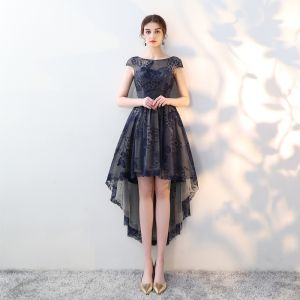 Elegant Navy Blue Cocktail Dresses 2018 A-Line / Princess Lace Scoop Neck Backless Asymmetrical Formal Dresses