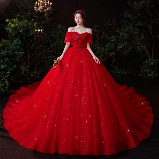 Style Chinois Rouge La Mariée Robe De Mariée 2021 Robe Boule De l'épaule Manches Courtes Dos Nu Appliques En Dentelle Perlage Glitter Tulle Cathedral Train Volants