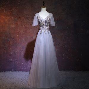 Elegant Lavender Evening Dresses  2018 A-Line / Princess V-Neck Short Sleeve Beading Crystal Floor-Length / Long Ruffle Backless Formal Dresses