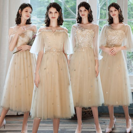 Chic / Beautiful Champagne Bridesmaid Dresses 2021 A-Line / Princess Scoop Neck Lace Flower Appliques Rhinestone Short Sleeve Backless Tea-length Wedding Party Dresses